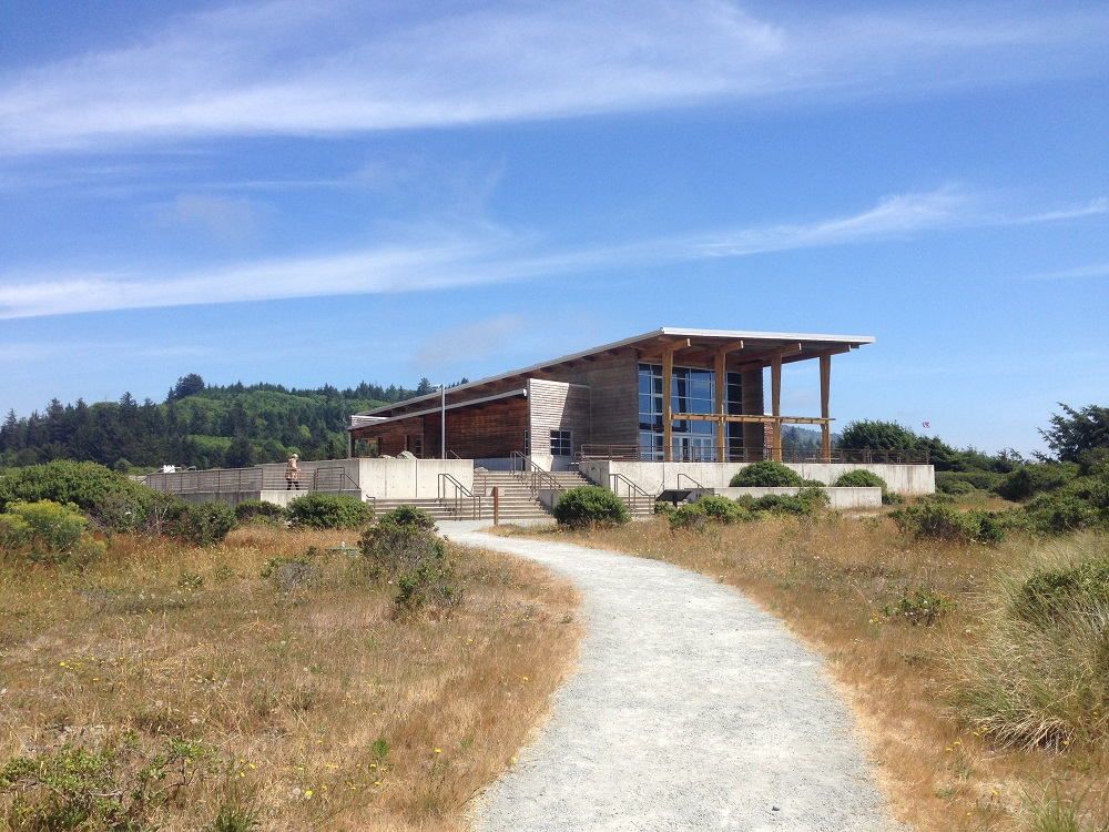 Oregon Visitor Center by hwy 101